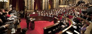 Pleno-del-Parlament-de-Catalun_54363030436_51351706917_600_226