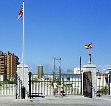 220px-gibraltar_border_1977