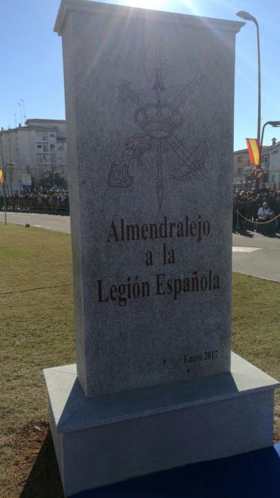 monumento-a-la-legion-en-almendralejo